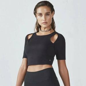 NEW Fabletics Black Short Sleeve Eva Midi Cropped